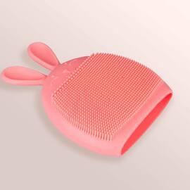 Et si vous testiez notre gant nettoyant lapin pour bien nettoyer votre peau tout en la tonifiant ? Vous pouvez l'utiliser dans votre bain ou lors de votre routine beauté matinale. #routinebeaute #skincare #skinroutine #beauté #peau #peauparfaite #gantsnettoyants